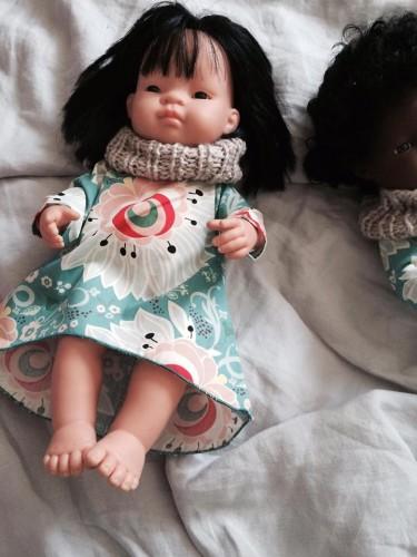 a3f5560653 Zielona sukienka z beżowym kominem dla lalek 38 cm Kalaluszek